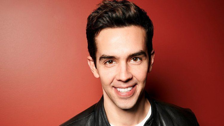 Michael Carbonaro QampA with Michael Carbonaro of 39The Carbonaro Effect39 on