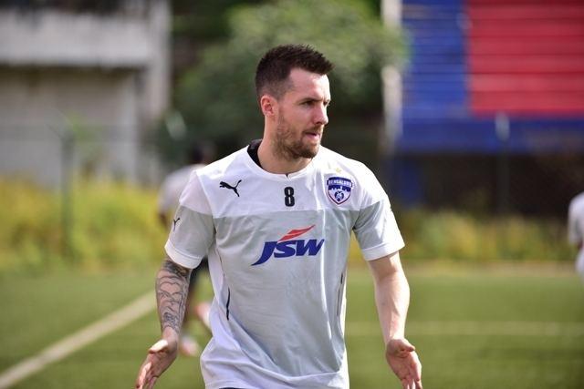Michael Collins (footballer, born 1986) Joshua Walker convinced me to join Bengaluru FC Michael Collins