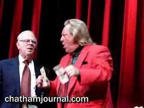 Michael Finney Comedian Magician Michael Finney does a card trick YouTube