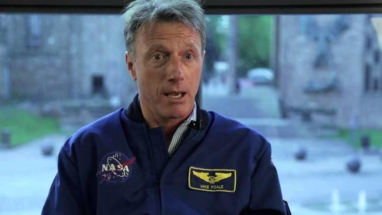 Michael Foale NASA Astronaut Michael Foale on Leadership YouTube