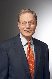 Michael H. Moskow httpsuploadwikimediaorgwikipediacommonsthu