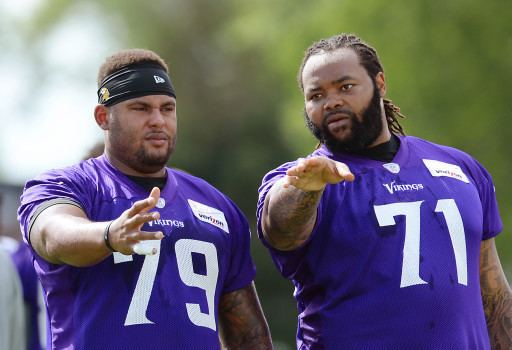 Michael Harris (offensive lineman) Vikings guard Mike Harris sits out illness diagnosed in June