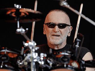 Michael Hossack Main Music Magazine Doobie Brothers Michael Hossack Dead at 65