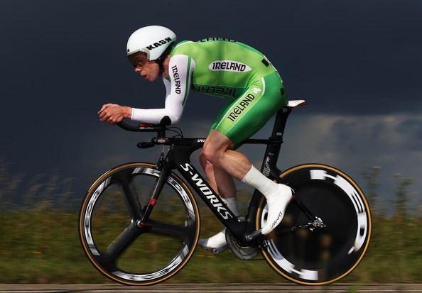 Michael Hutchinson (cyclist) Irish TT Champ Michael Hutchinson wins British National TT