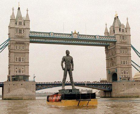 Michael Jackson HIStory statue THEN Michael Jackson promoted his 39History39 tour by floating a