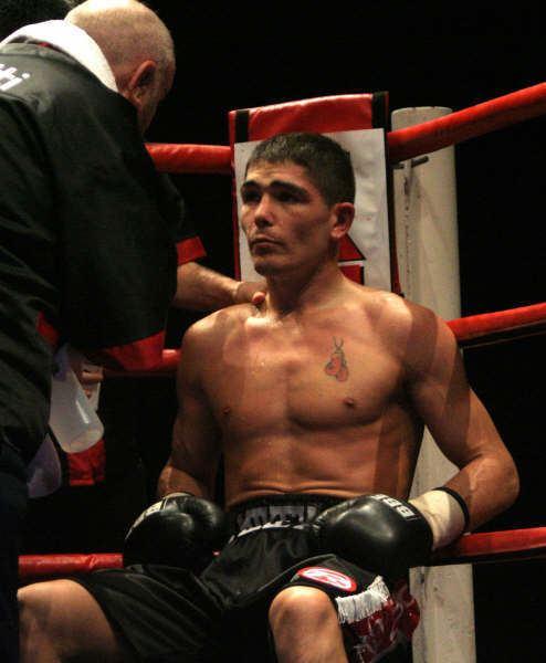 Michael Jennings (boxer) jenningskhodokovski6jpg