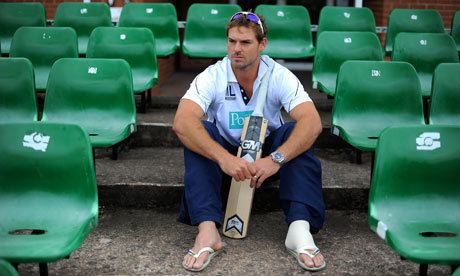 Michael Lumb (cricketer) Michael Lumb39s broken foot completes his fall from World