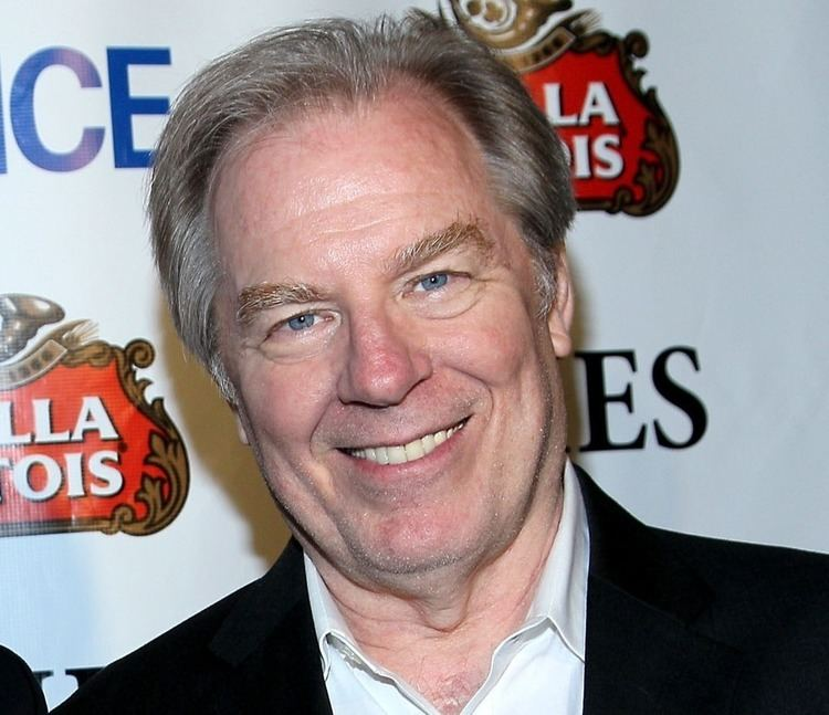 Michael McKean Michael McKean suffers broken leg after being struck by