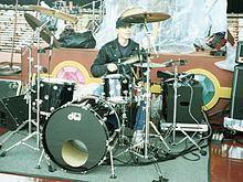 Michael Organ (drummer) httpsuploadwikimediaorgwikipediaenthumb2