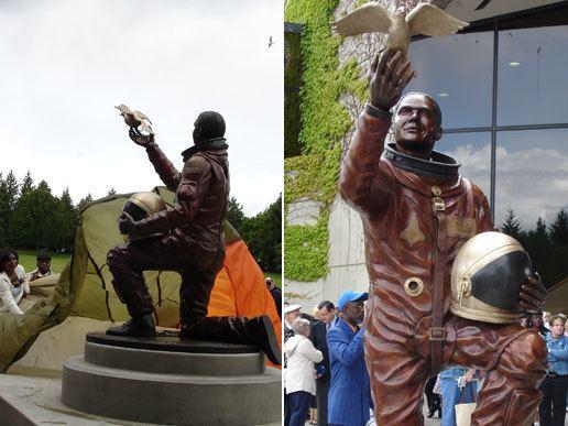 Michael P. Anderson NASA Columbia Astronaut Michael P Anderson Memorialized in Bronze