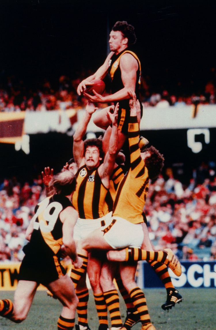 Michael Roach (footballer) 112 Michael Roach AFL Tas Hall of Fame