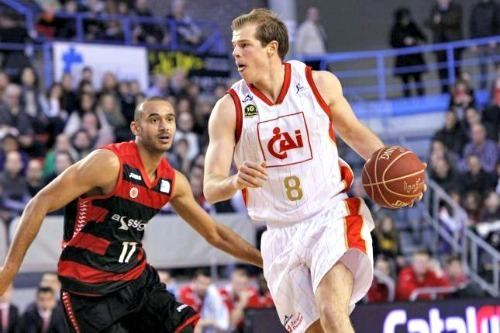 Michael Roll (basketball) Michael Roll gets extension from Zaragoza Court Side