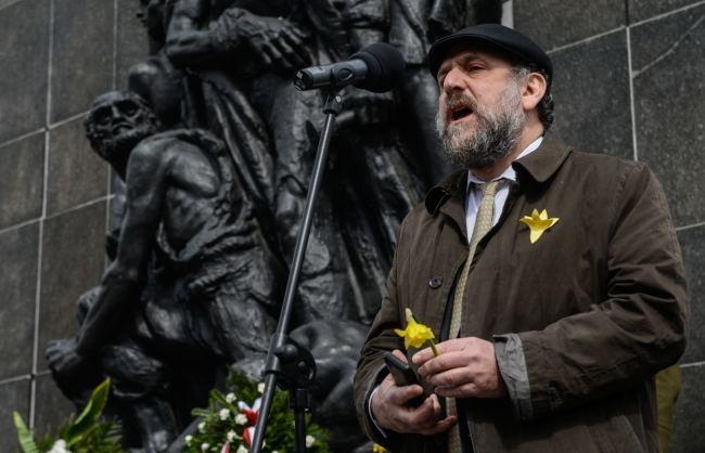 Michael Schudrich Chief Rabbi criticises FBI chief over Holocaust remarks Radio
