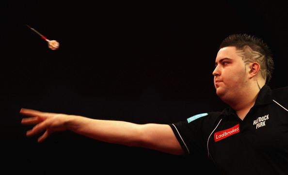 Michael Smith (darts player) DARTS 5 NEW STARS TO WATCH The Sports Lab UK