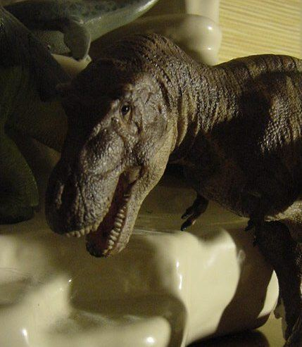 Michael Trcic Tyrannosaurus Desktop model by Favorite Co Ltd sculpted