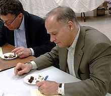 Michael V. Ciresi httpsuploadwikimediaorgwikipediacommonsthu