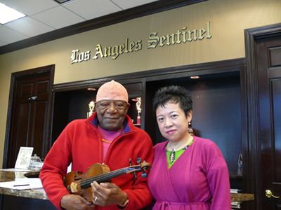 Michael White (violinist) All for Their Love of Music Los Angeles Sentinel Los Angeles