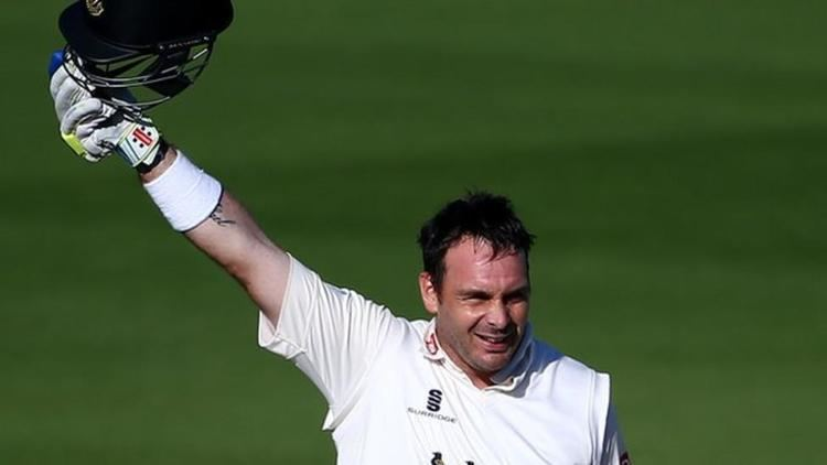 Michael Yardy Sussex allrounder after emotional century BBC Sport