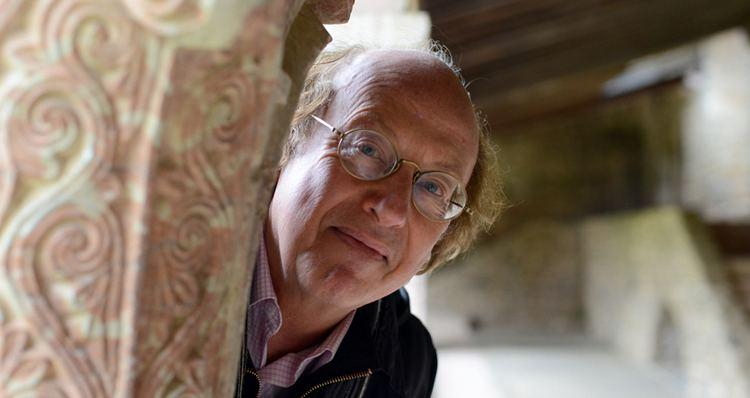 Michel Lethiec MICHEL LETHIEC DIRECTEUR ARTISTIQUE