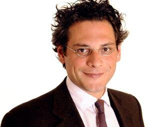 Michel Martone La provocazione del viceministro Martone Laurearsi dopo i 28 anni