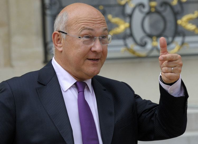 Michel Sapin French FinMin in hospital after breaking arm News