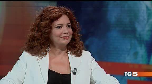 Michela Miti TG5 LA LETTURA Michela Miti Mediaset On Demand