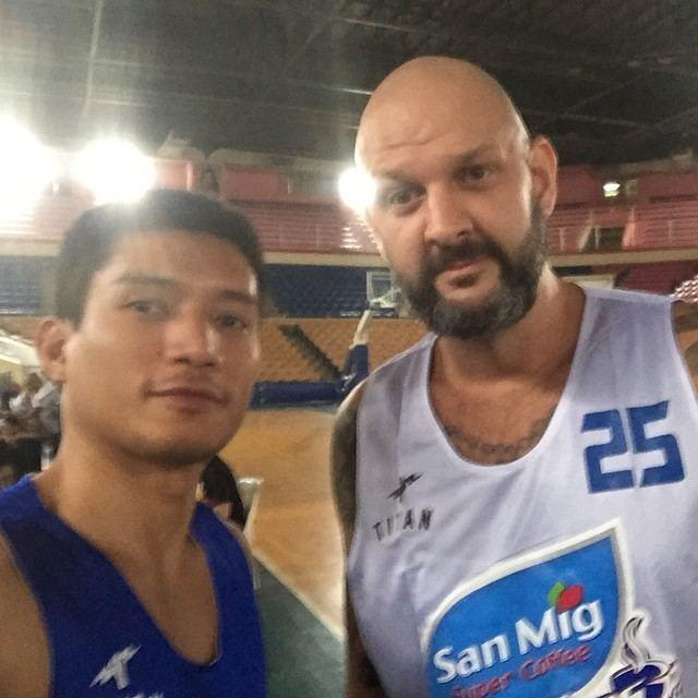 Mick Pennisi wwwpurefoodsbasketballcomwpcontentuploads201
