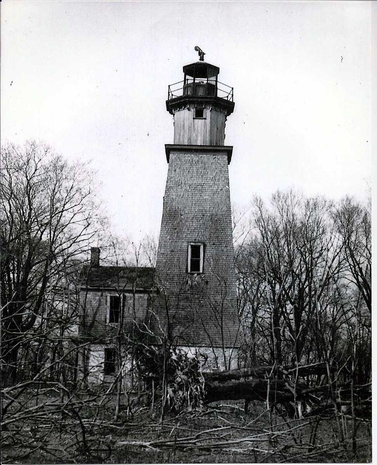 Middle Island (Lake Erie) lighthouseboatnerdcomgalleryerieMiddleIsland