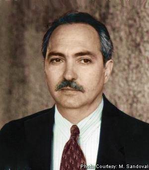 Miguel Sandoval Eduardo Friez Daily Planet assistant editor business editor