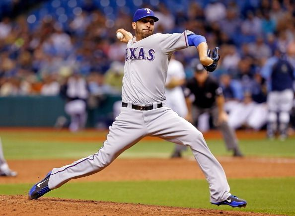 Mike Adams (pitcher) Former Ranger Mike Adams Signs With Phillies CBS Dallas Fort Worth