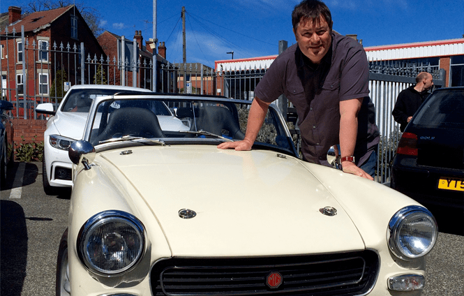 Mike Brewer (television presenter) Meet Mike Brewer at MGLive Mike Brewer TV