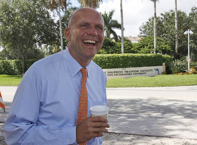 Mike Dee Miami Dolphins CEO Mike Dee leaves to run San Diego Padres