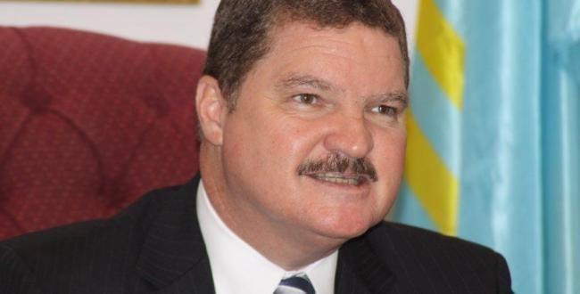 Mike Eman Aruba recognizes interim government Curaao Chronicle