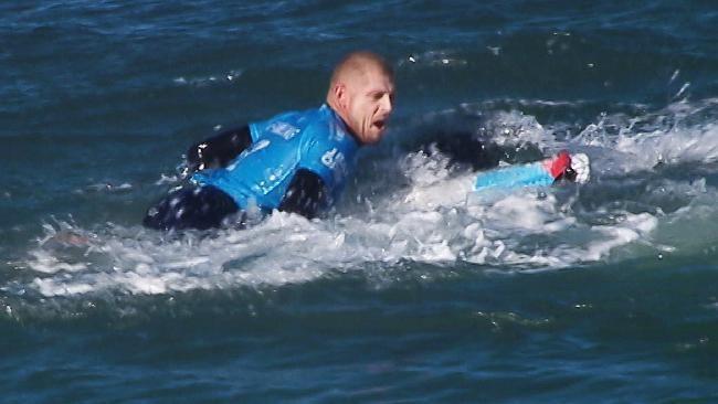 Mike Fanning Mick Fanning shark attack video Jeffreys Bay World Surf