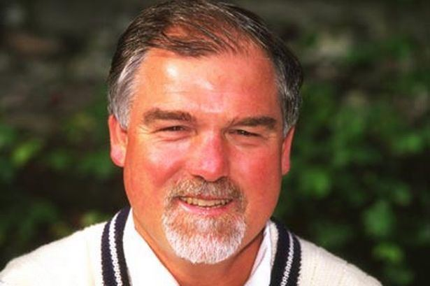 Mike Gatting (Cricketer) playing cricket
