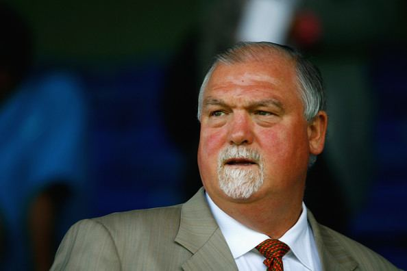 Mike Gatting (Cricketer)