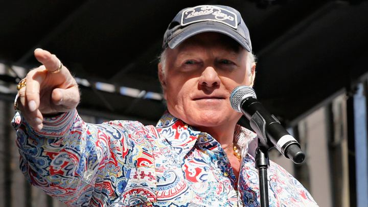 Mike Love Beach Boy Mike Love to Publish Memoir in 2016 Rolling Stone