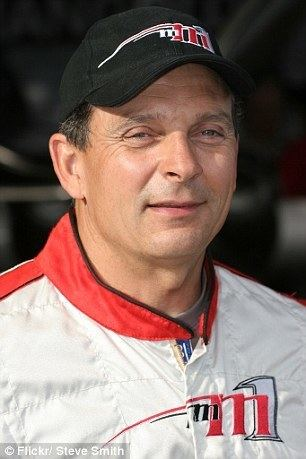 Mike Mangold Red Bull pilot Mike Mangold killed in plane crash at Southern