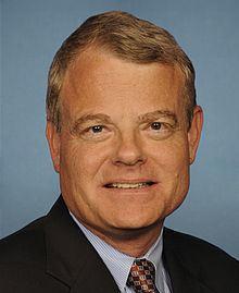 Mike McIntyre httpsuploadwikimediaorgwikipediacommonsthu