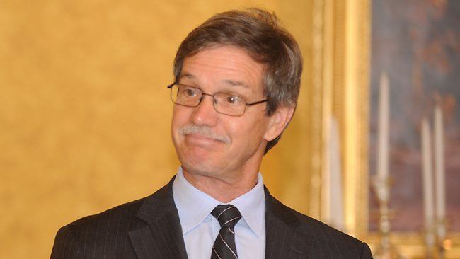 Mike Nahan Dorothy Dixer keeps Energy Minister Mike Nahan 39on message