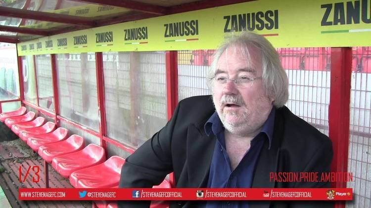 Mike Parry Mike 39Porky39 Parry visits Stevenage ahead of the FA Cup