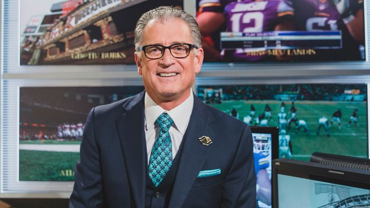 Mike Pereira Fox NFL rules analyst Mike Pereira is lethal weapon rival networks