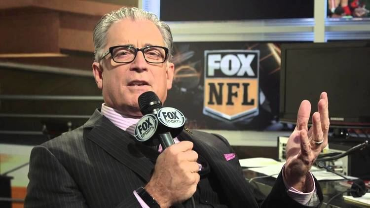 Mike Pereira Mike Pereira addresses ref fist bump in Broncos win over Bills YouTube