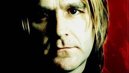 Mike Peters (musician) fendermuseumcomwpwpcontentuploads201401mik
