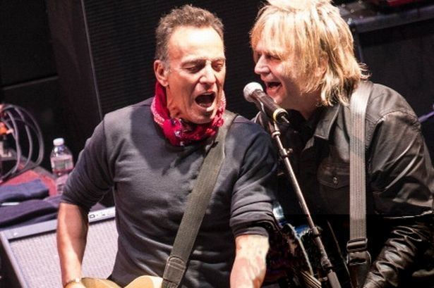 Mike Peters (musician) Video Watch the moment Mike Peters duetted with Bruce Springsteen
