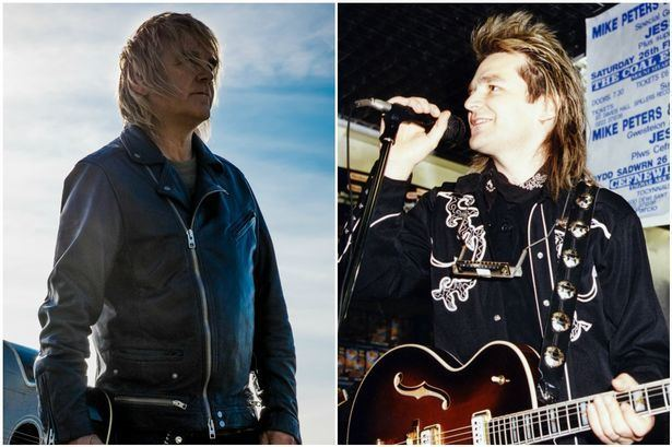 Mike Peters (musician) The Alarms Mike Peters opens his heart on facing up to his third