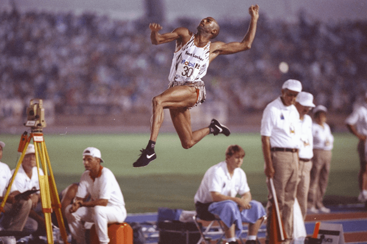 Mike Powell (long jumper) Mike Powell39s long jump ambition Spikes powered by IAAF