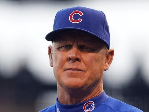 Mike Quade Cubs fire manager Quade don39t expect Sandberg as replacement