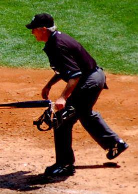 Mike Reilly (umpire) httpsuploadwikimediaorgwikipediacommonsthu