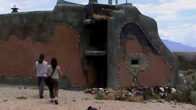 Mike Reynolds (architect) Michael Reynolds Interview Part 1 amp Earthship Tours YouTube